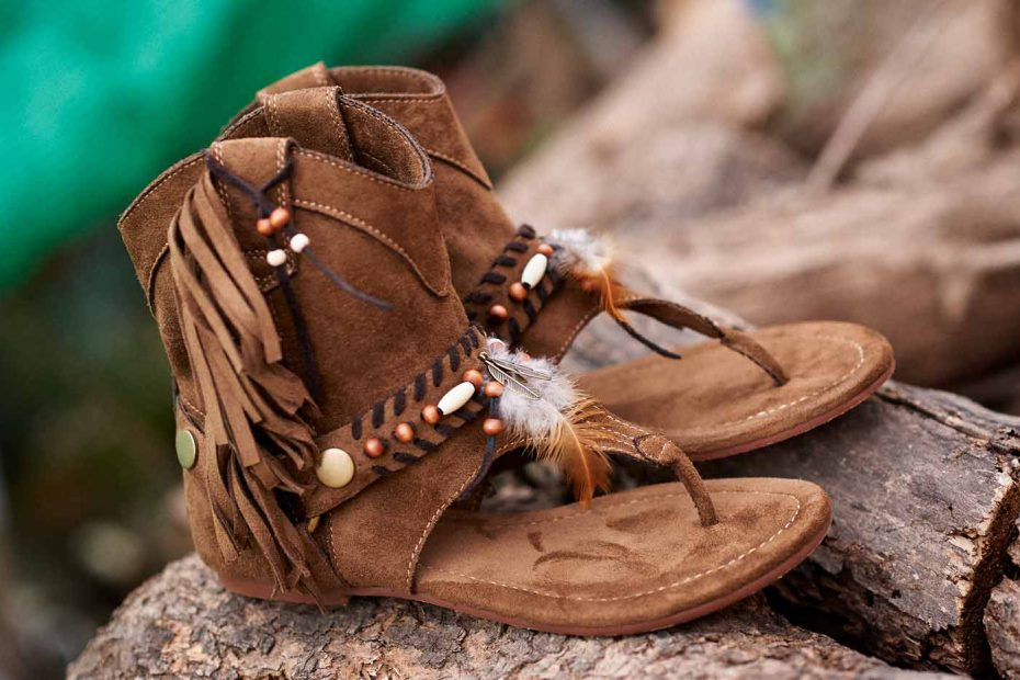 Botas sandalias boho chic marrón